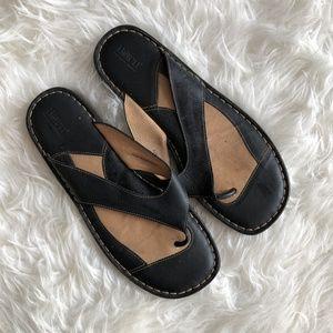 Born Womens Sz 11 / 43 Black Leather Flip Flop San